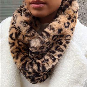 Faux Fur Infinity Scarf - Leopard Print